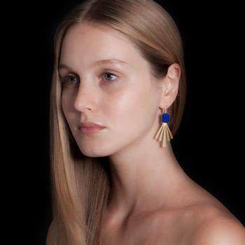 brinco-raios-ouro-branco-rodio-negro-lapis-lazuli