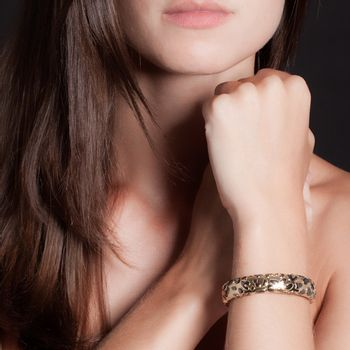 pulseira-glam-leopard-lisa-ouro-amarelo-rodio-negro-modelo