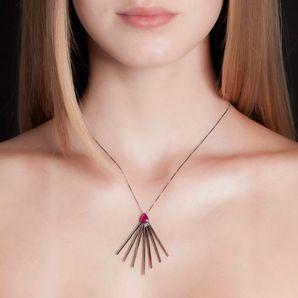 colar-star-ouro-branco-rodio-negro-rubis-modelo