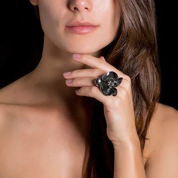anel-orquidea-negra-diamante-modelo