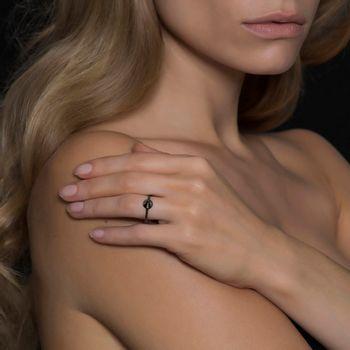 anel-spike-ouro-branco-rodio-negro-diamantes-modelo