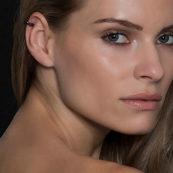 piercing-voyeur-ouro-branco-rodio-negro-diamantes-negros-modelo