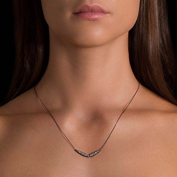 colar-invertido-diamantes-ouro-branco-rodio-negro-modelo
