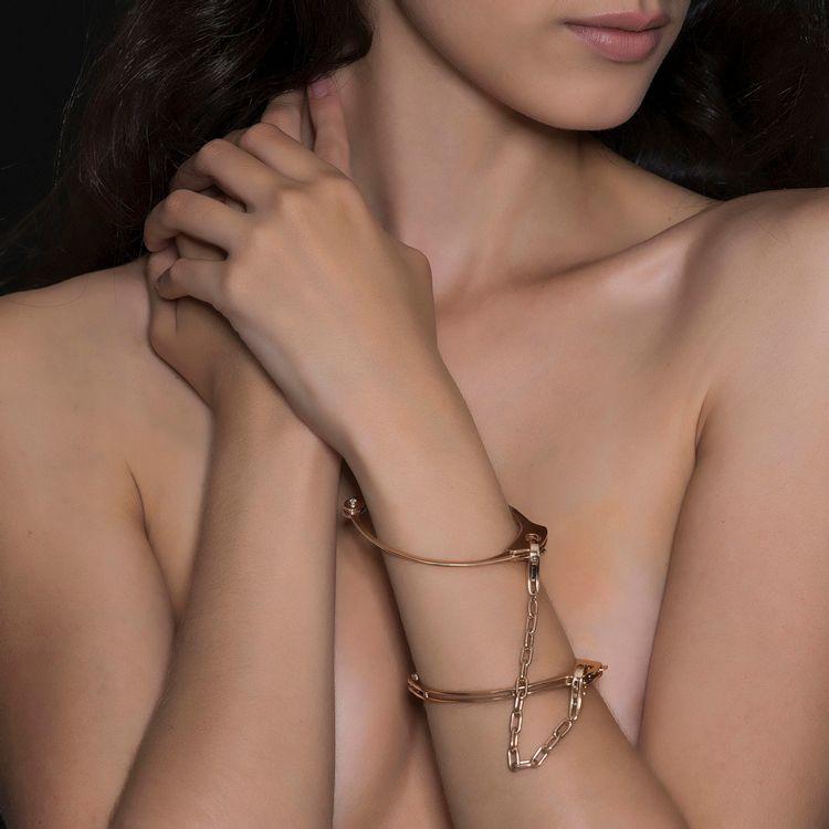 pulseira-algema-ouro-rosa-diamantes-modelo