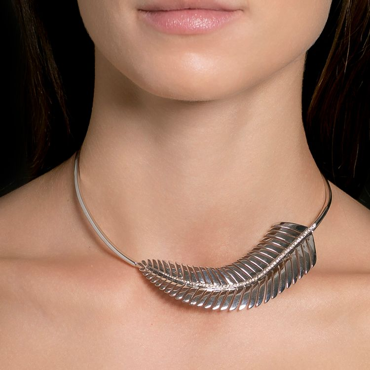maxi-colar-ouro-branco-diamantes-modelo