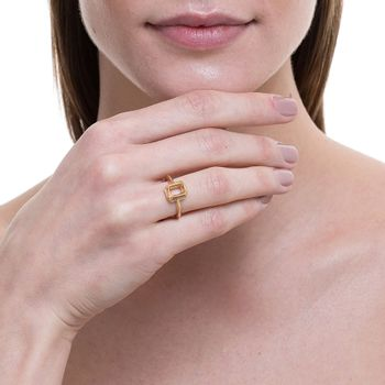 anel-square-ouro-amarelo