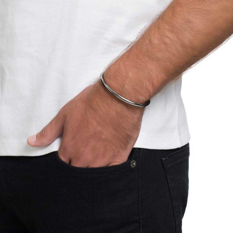 bracelete-just-a-tube-fosco-prata-com-banho-de-rodio-negro-modelo