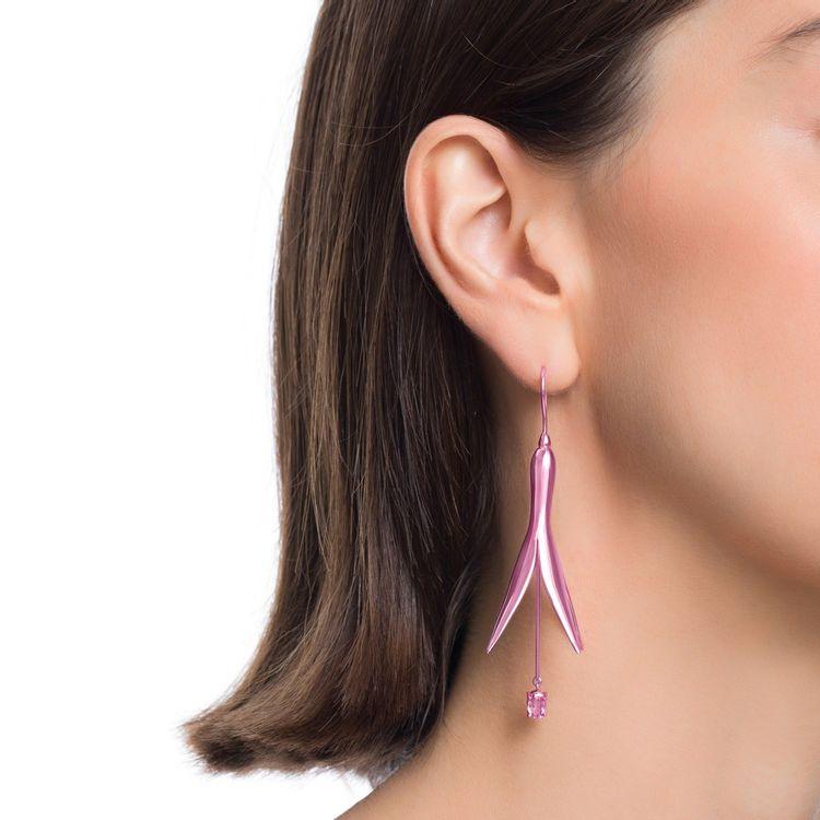 brinco-de-princesa-g-prata-com-pink-lacquer-e-safira-rosa-modelo