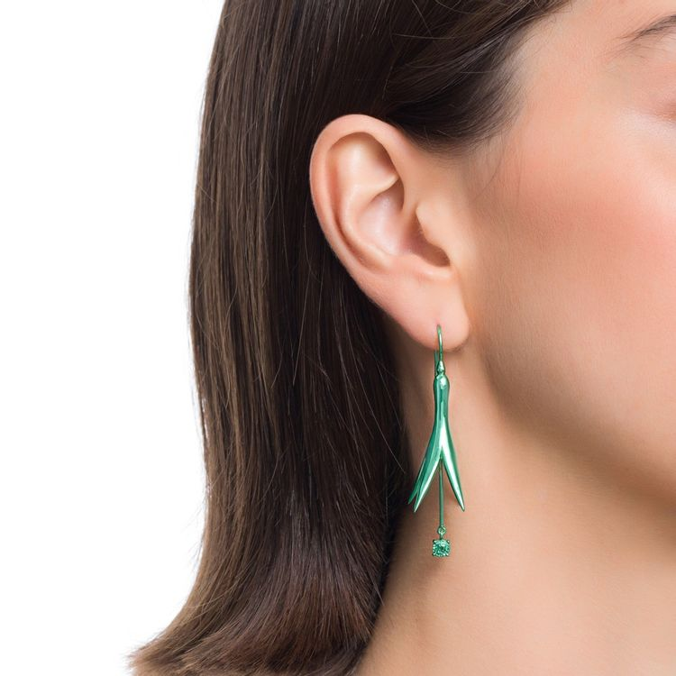 brinco-de-princesa-p-prata-com-green-lacquer-e-safira-verde-modelo