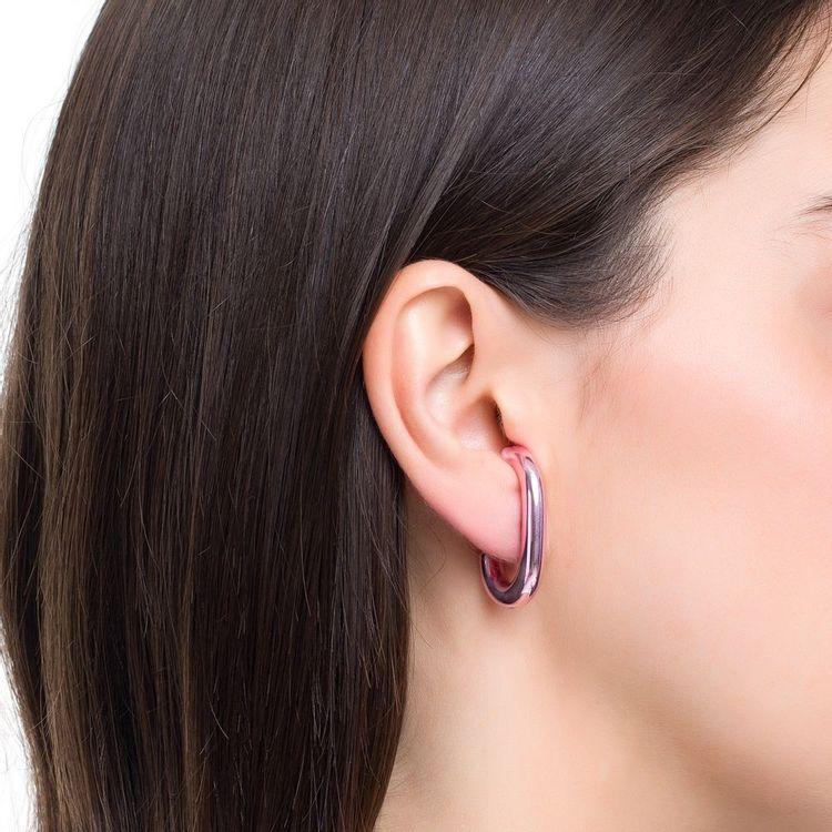 ear-hook-prata-com-pink-lacquer-modelo