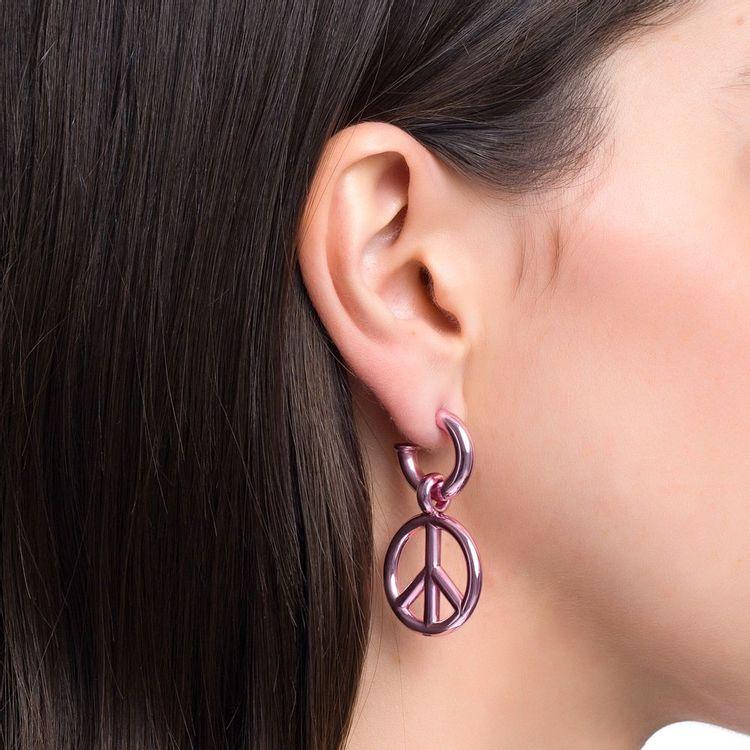 pingente-peace-and-love-p-prata-com-pink-lacquer-modelo