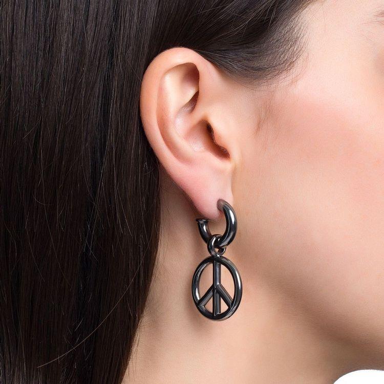 pingente-peace-and-love-p-prata-com-banho-de-rodio-negro-modelo