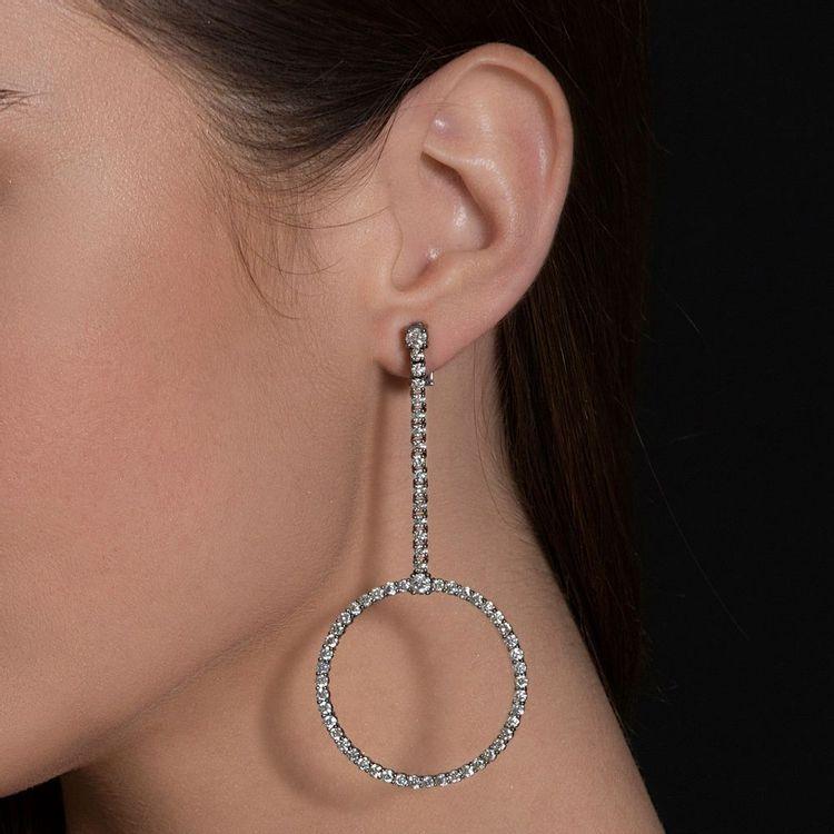 brinco-circulo-voyeur-ouro-branco-rodio-negro-diamantes-br04917t-modelo