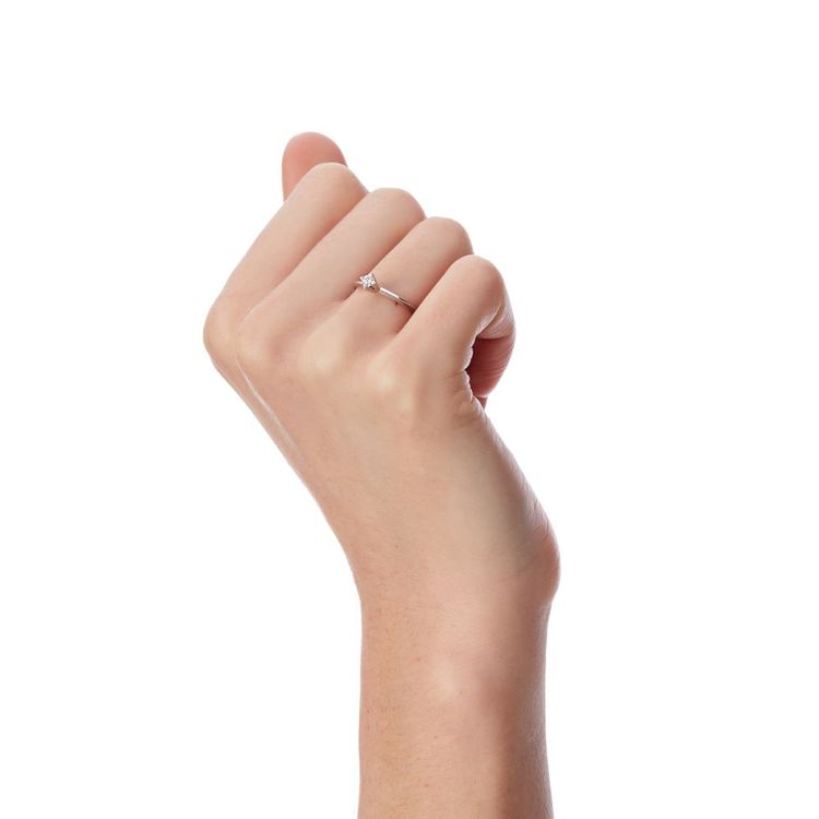 anel-solitario-10-pontos-diamantes-ouro-branco-diamante-an01864-modelo