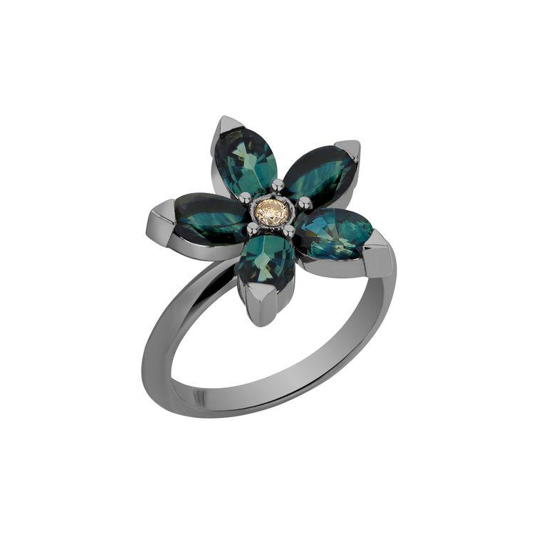 Anel-Estrela-em-ouro-branco-18k-com-banho-de-rodio-negro--safiras-verdes-±386ct-e-diamante-005ct.