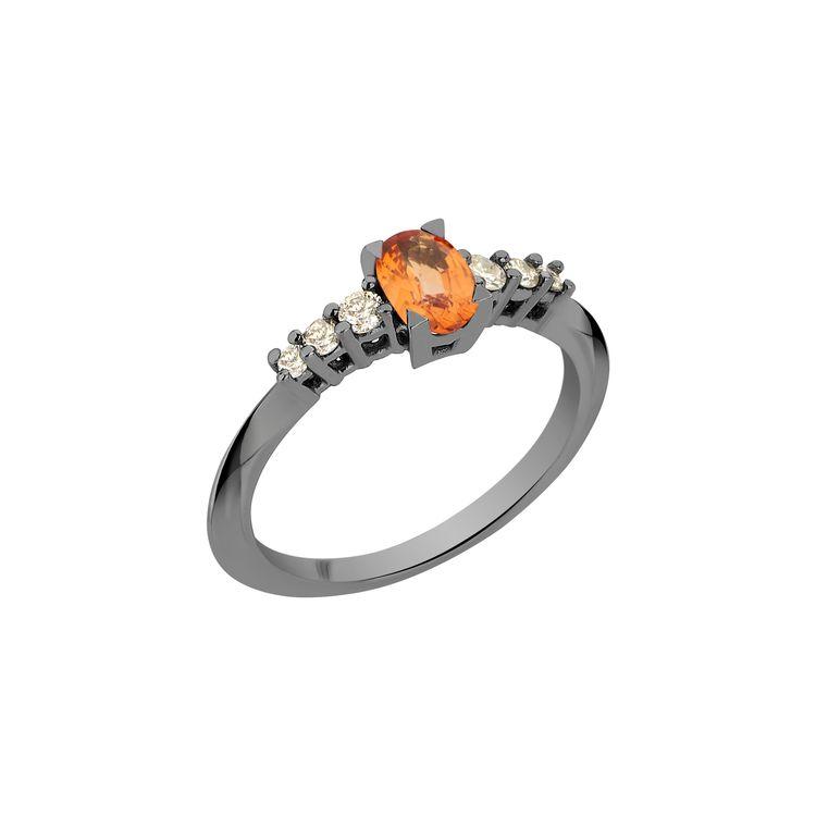 Anel-Rock-Star-M-em-ouro-branco-18k-com-banho-de-rodio-negro-diamants-light-light-brown-±019ct-e-safira-laranja-±072ct.