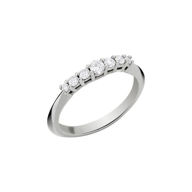 Anel-Rock-Star-Mini-em-ouro-branco-18k-com-diamantes-±026ct-±-G-I-VS2-SI3.